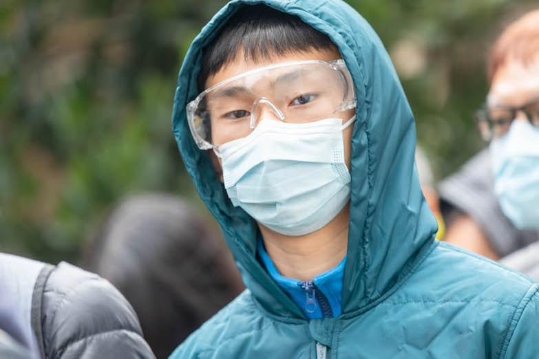 香港青少年之追蹤研究看青年面對挑戰的希望感