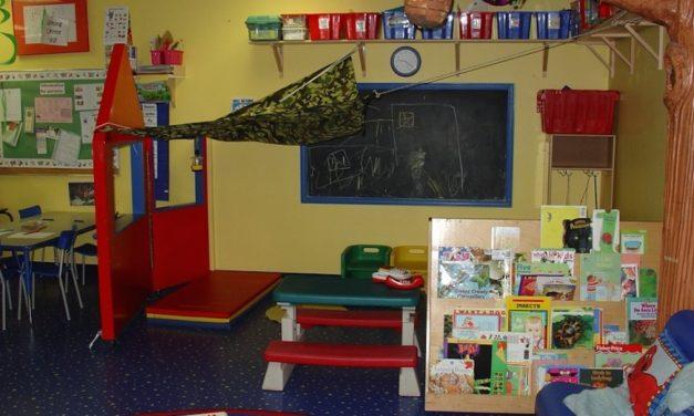 幼稚園駐校社工 政府從善如流