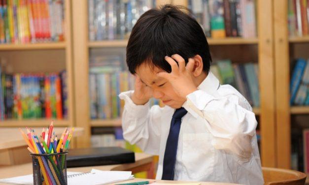 香港青少年焦慮感高、幸福感低對家長及老師的啟示