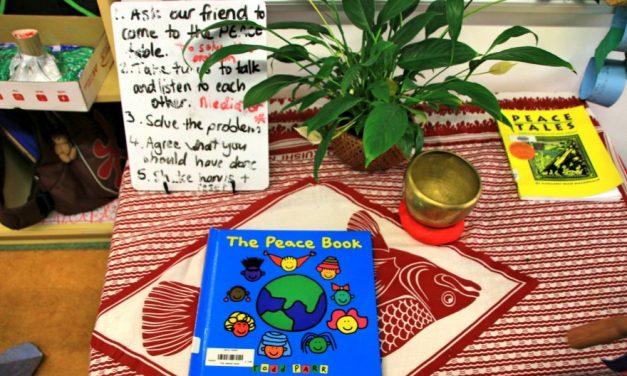 Math Talk 和 Peace Table